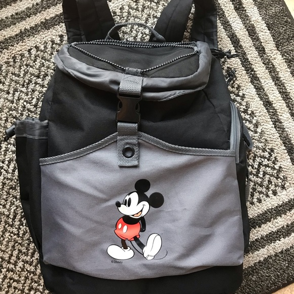 ef9c04fada2 Insulated Disney Mickey Mouse Backpack